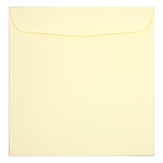 Basic Cream 9.5 inch Square Envelopes (9.5 x 9.5) - 25 PK [DFS]