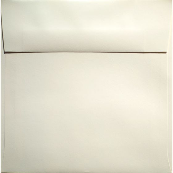 Classic Crest Natural White - 7.5 in (7.5X7.5) Square Envelopes (80T/Smooth) - 250 PK