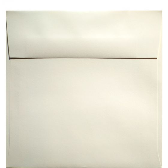 Classic Crest Natural White - 7 in (7X7) Square Envelopes (80T/Smooth) - 25 PK
