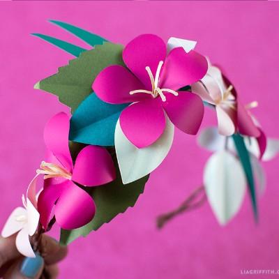 Paper Tropical Flower Head Wreath